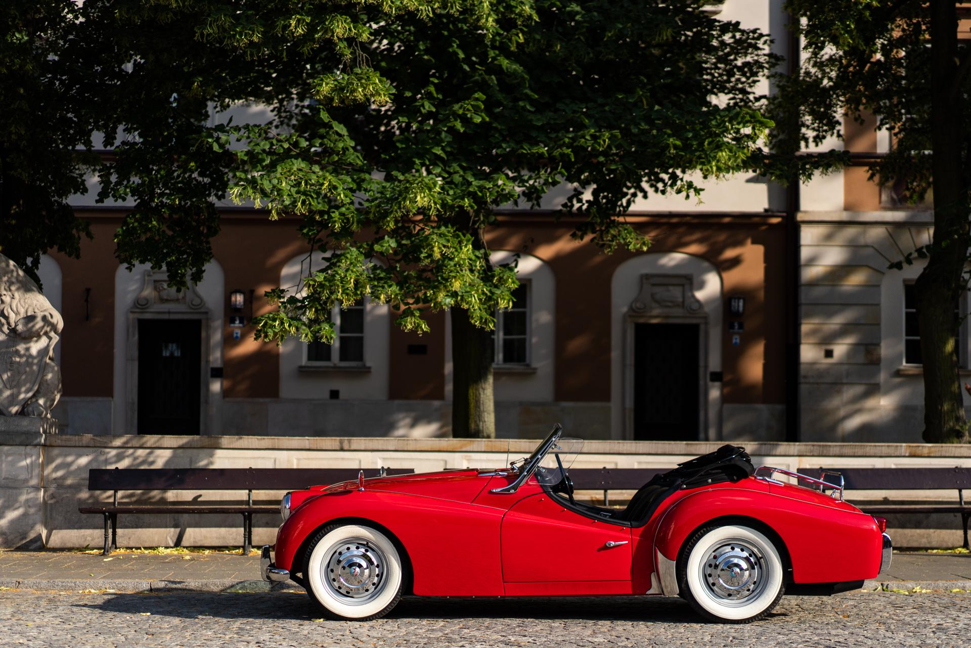 Triumph TR3-21