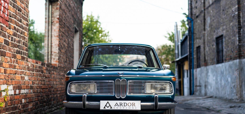 BMW 2000-7